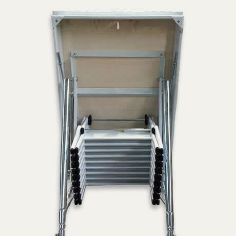 Retrattile a soffitta pantografo scale a scomparsa for Scala per soffitta