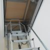 scala retrattile per terrazza con coperchio coibentato chiuso