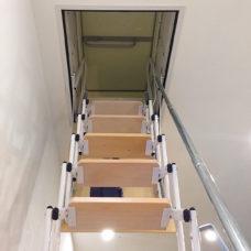 scala a scomparsa motorizzata gradini